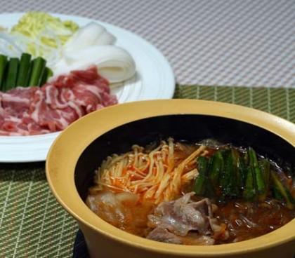 豚肉のピリ辛鍋