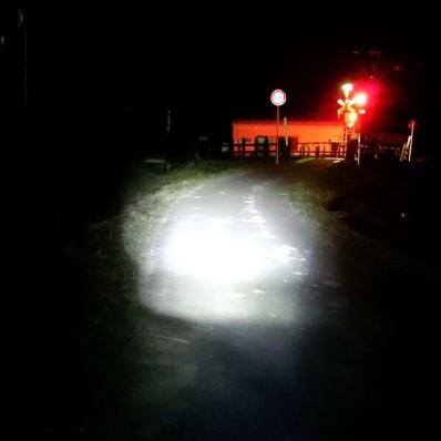 17自転車夜ライト灯火
