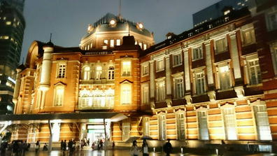 190501東京駅令和初日夜景丸の内北口